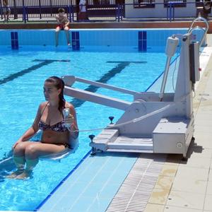 Sillas para piscina discapacitados valencia for Sillas para discapacitados