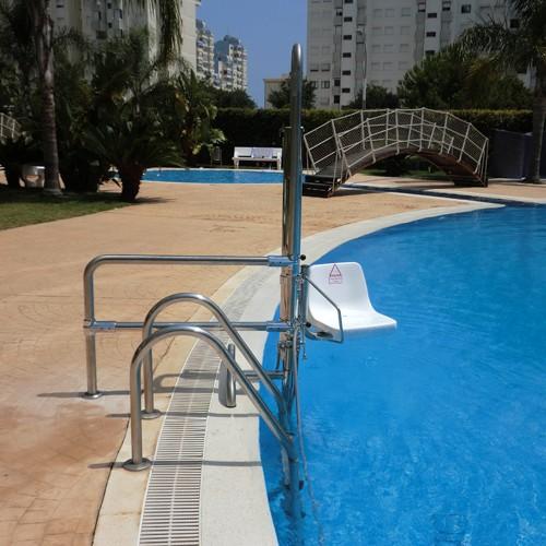 Silla de piscinas discapacitados b2 valencia for Sillas para piscina